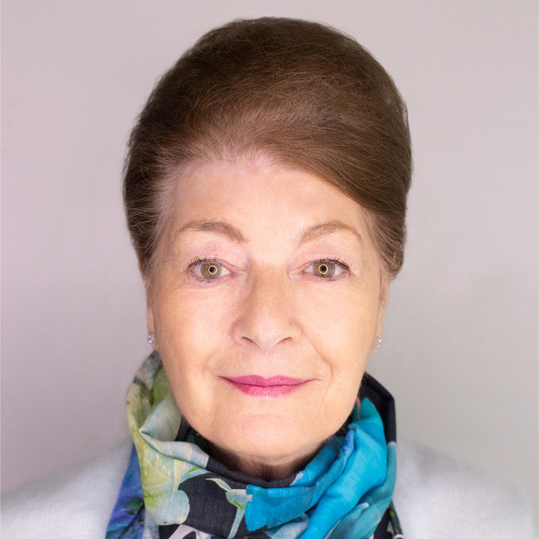 Jan, Physiotherapist